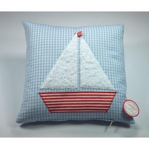 Hübsches Kissen mit Segelboot
